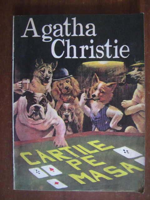Anticariat: Agatha Christie - Cartile pe masa
