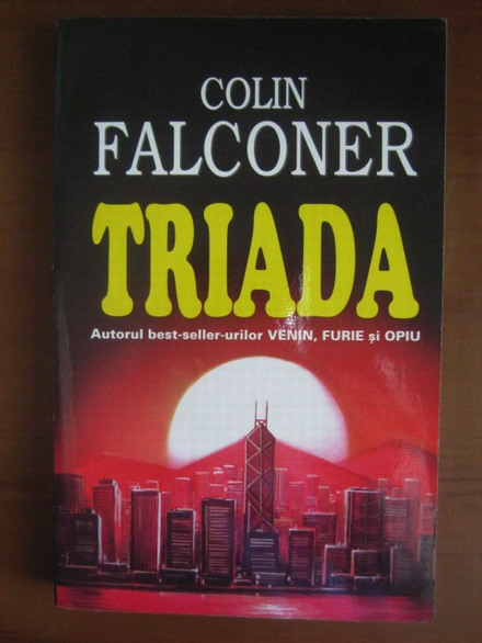 Anticariat: Colin Falconer - Triada