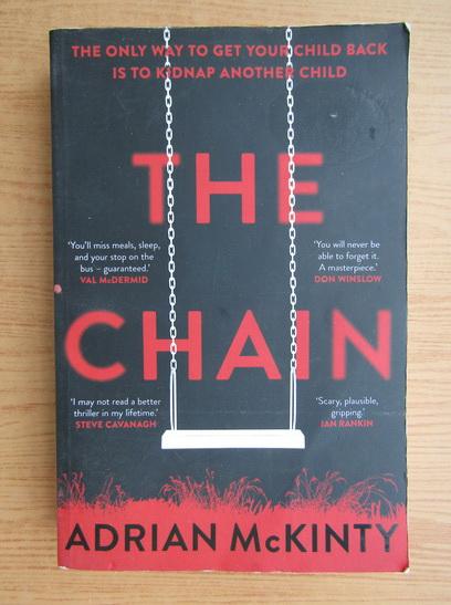 Anticariat: Adrian McKinty - The chain