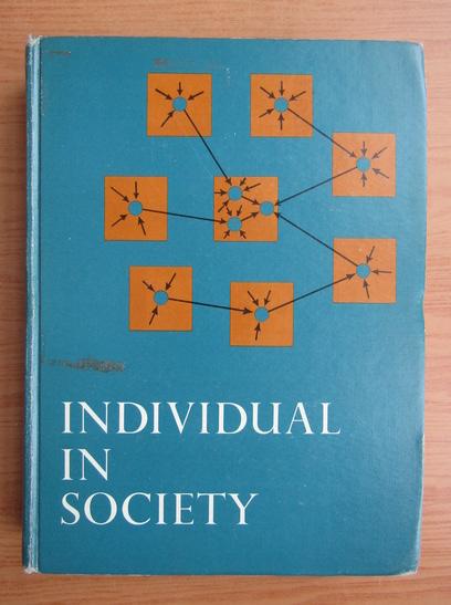 Anticariat: David Krech - Individual in society