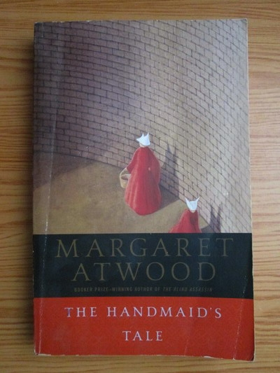 Anticariat: Margaret Atwood - The handmaids tale