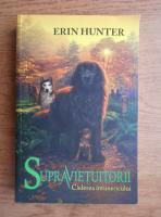 Erin Hunter - Supravietuitorii. Caderea intunericului