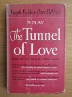 Anticariat: Joseph Fields - The tunnel of love