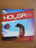 Anticariat: Holga. The world through a plastic lens
