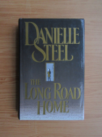 Anticariat: Danielle Steel - The long road home