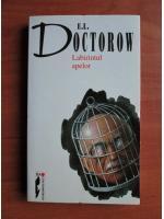 E. L. Doctorow - Labirintul apelor