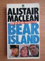 Anticariat: Alistair MacLean - Bear Island