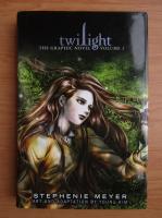 Anticariat: Stephenie Meyer - Twilight. The graphic novel (volumul 1)