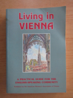 Anticariat: Cecily Beard - Living in Vienna
