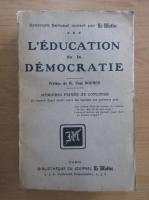 Anticariat: L'education de la democratie