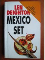 Len Deighton - Mexico set